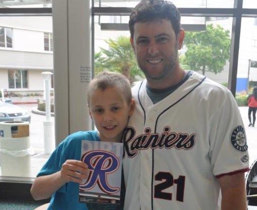 Former FGCU, MLB pitcher Casey Coleman starts charity to connect sick kids with athletes